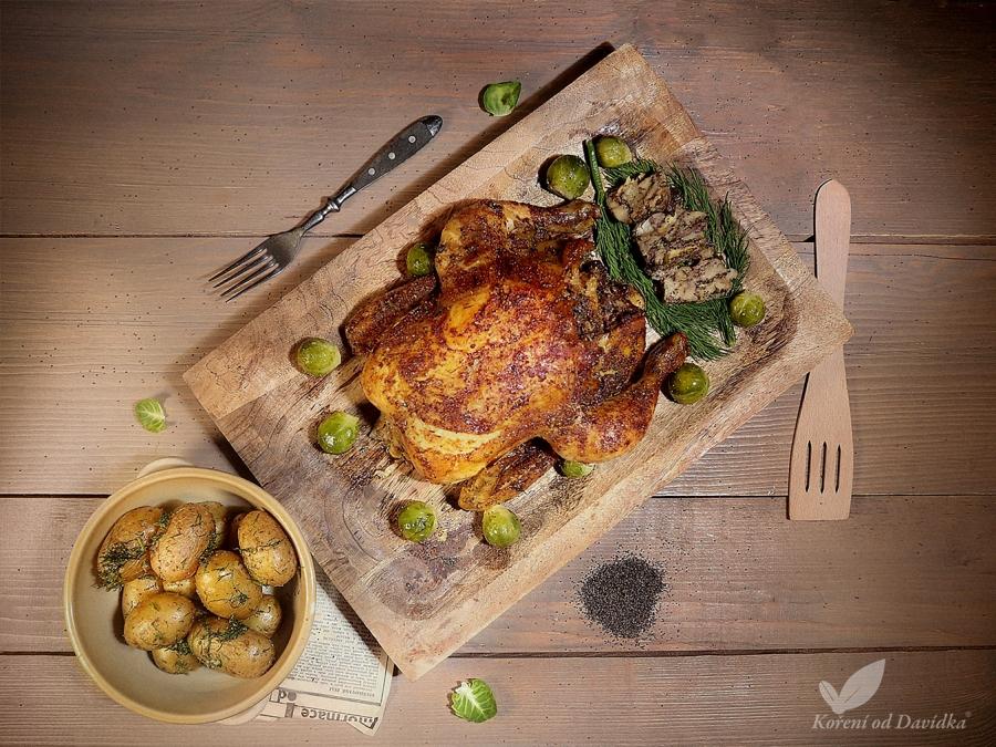 Jarné farmárske kurča plnené pečeňovou plnkou s makom a kôprom