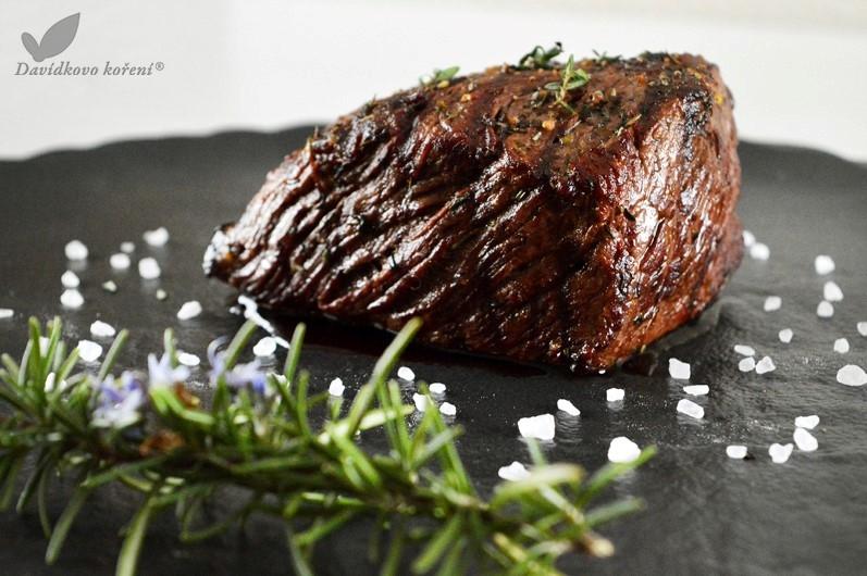 Pštrosí steak na tymiáne