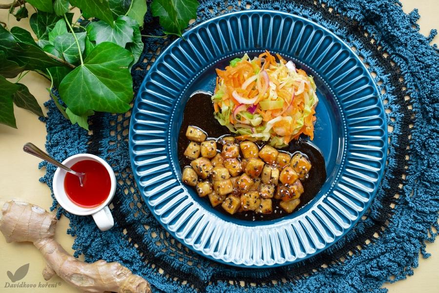 Tofu v pikantní sladkokyselé omáčce