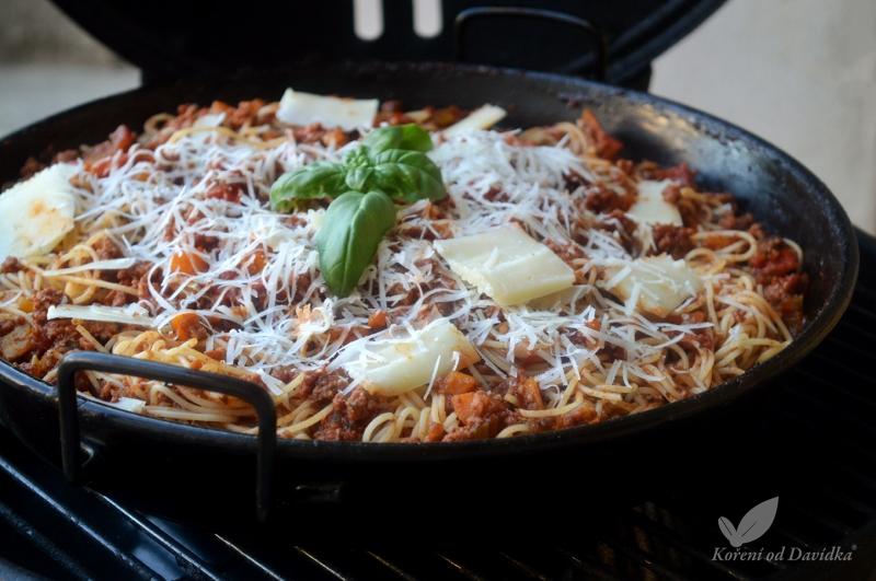 Bolonské špagety v grile