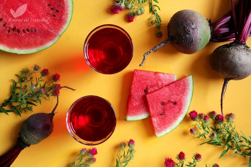 Domáci sirup z cvikly, melóna a anízu