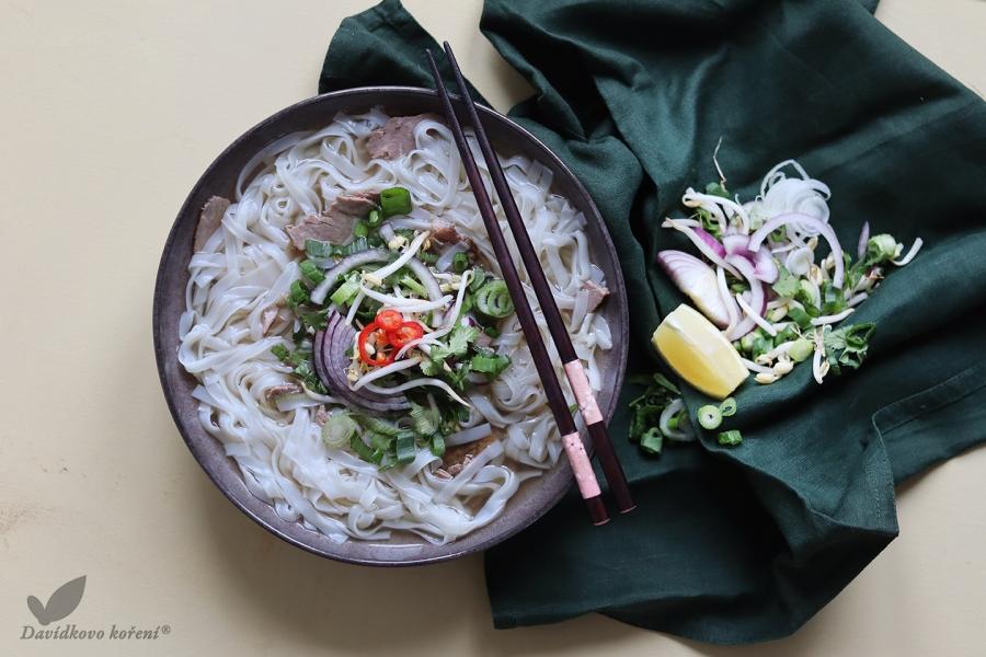 Vietnamská hovädzia polievka Pho Bo