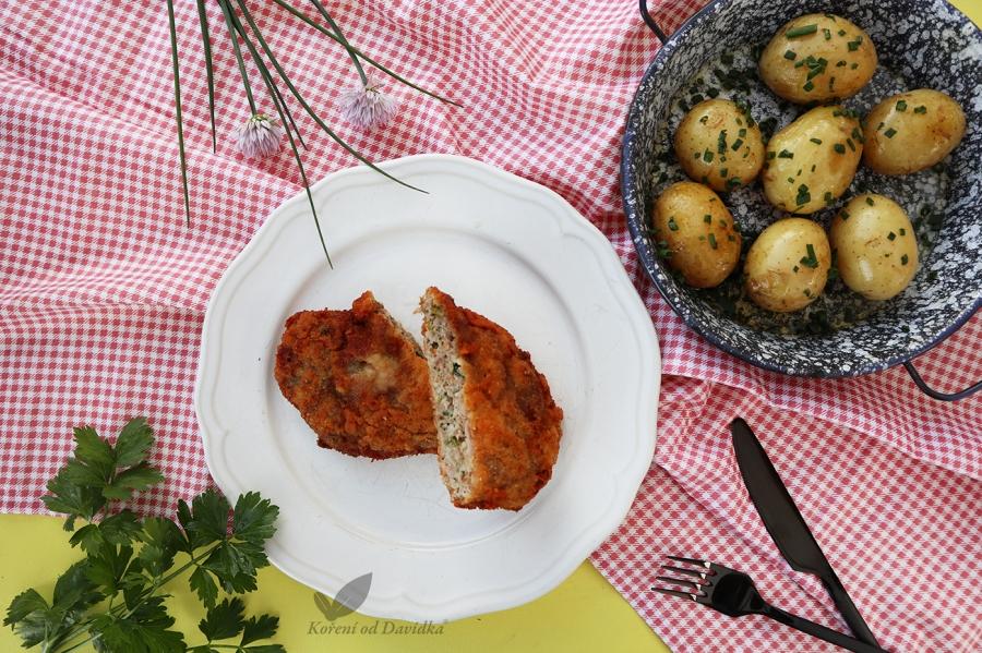 Holandský rezeň so zemiakmi a pažítkou