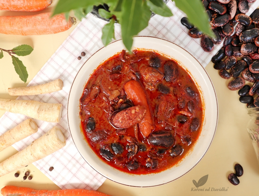 Poctivá fazuľová polievka