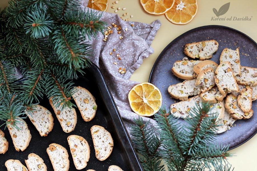 Biscotti s pomarančovou kôrou a pistáciami