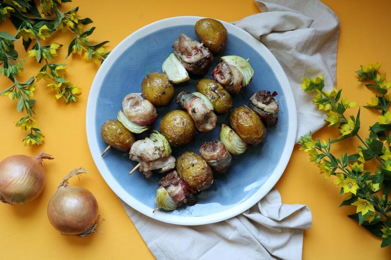 Grilované bravčové špízy so zemiakmi