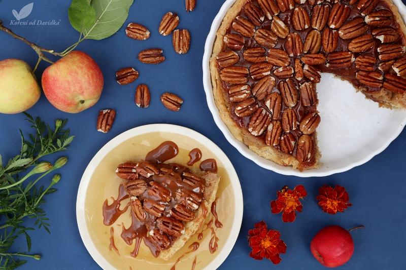 Jablkový koláč s pekanovými orechami