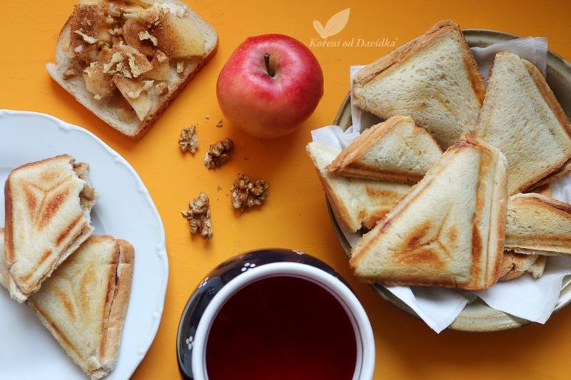 Jablkovo-hruškové toasty so škoricou