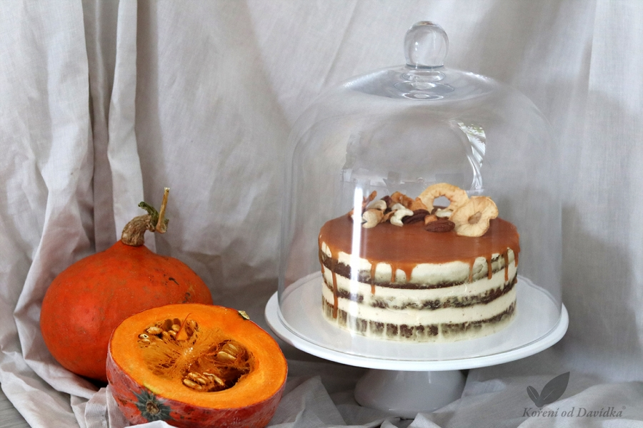 Dýňový dort se skořicovým krémem